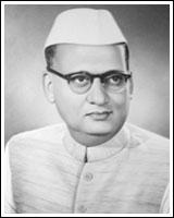 Kamal-Nayan-Bajaj